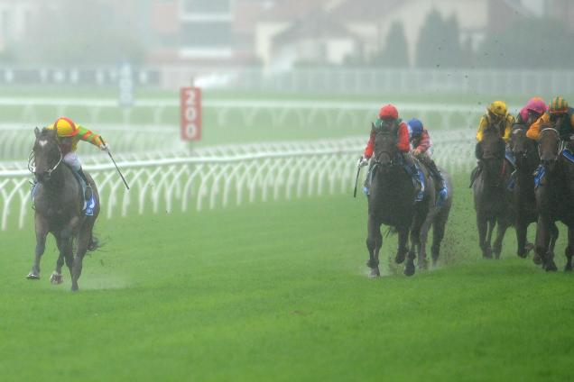 Lankan Rupee hits Sydney for G1 TJ Smith