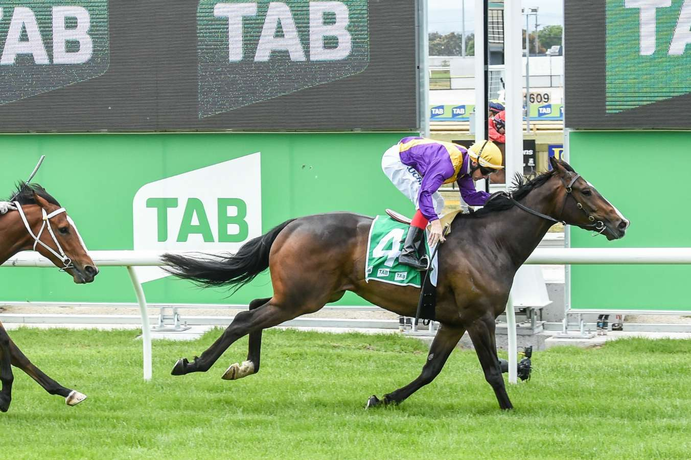 Tabcorp Tatts merger gets new approval