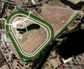 Warwick Farm track map