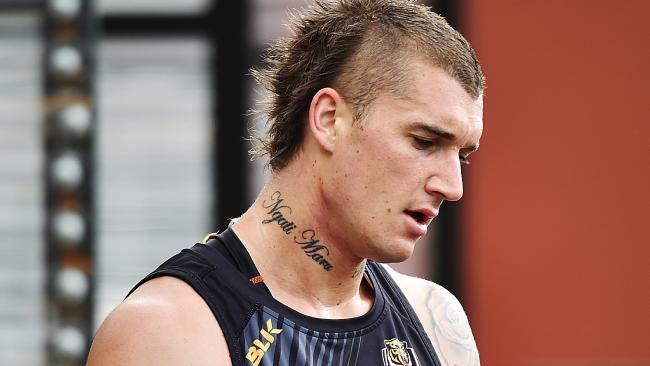 15 Whackiest Haircuts In Sport Odds