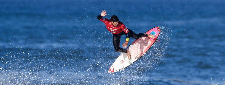 Gabriel Medina chasing a win at Pipe