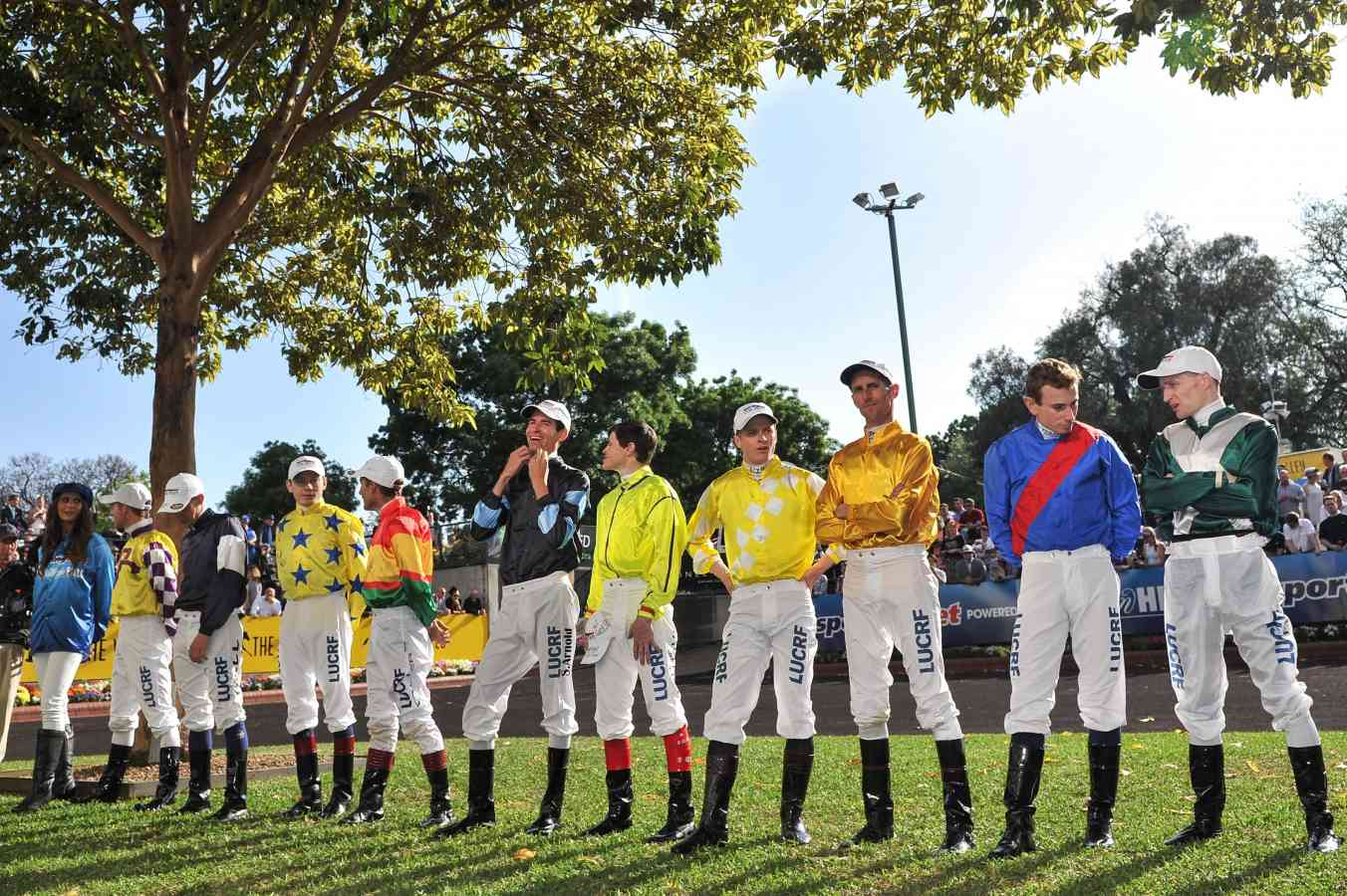 2014 melbourne cup form guide pdf