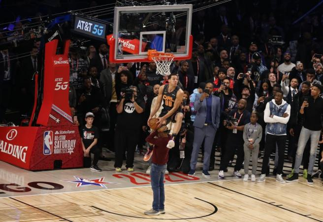 WATCH: Every dunk from the 2020 NBA Slam Dunk Contest