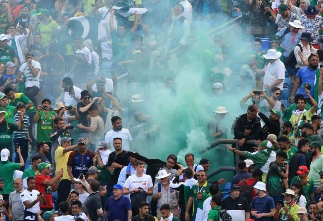 WATCH: Pakistan and Afghanistan fans fight at World Cup