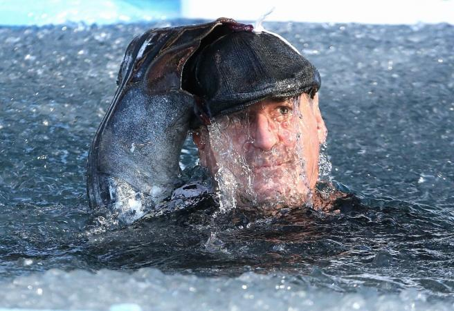 WATCH: All 18 AFL coaches go down the slide for Big Freeze At The G'