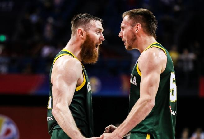 Boomers knock over France in World Cup thriller