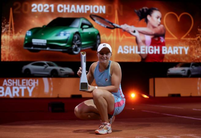 Twenty-year first for Barty