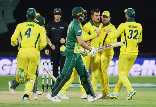 Australia return fire with vital ODI win over South Africa