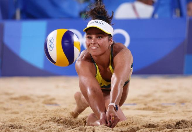 Aussies gun for beach volleyball gold - Aussies in action Day 14