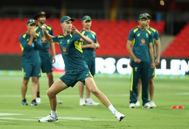 Mitchell Starc out but who comes in?