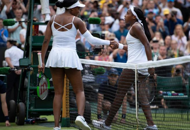 Venus loses to youngest player in professional era