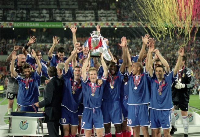 Throwback: Italy's Euro 2000 final continues to haunt