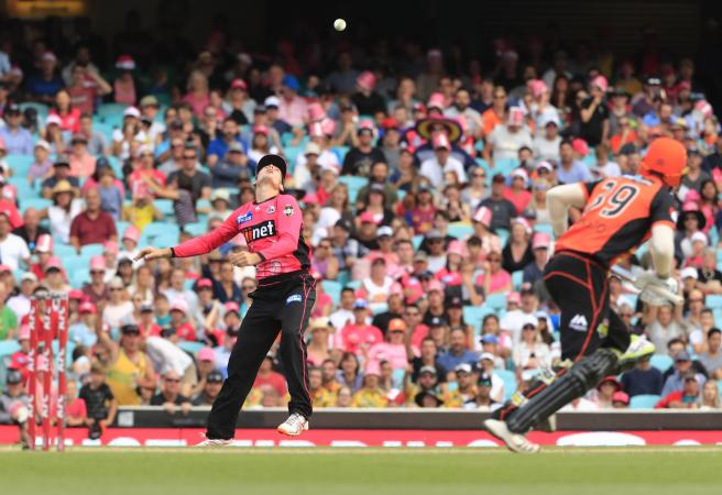 Scorched: Sixers amp up the pain for Scorchers