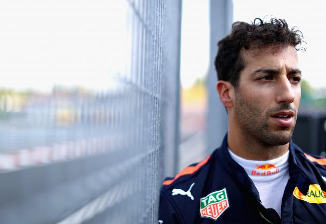 Daniel Ricciardo stuns Red Bull with Renault move