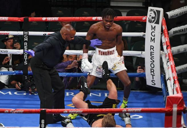 WATCH: Evander Holyfied's son delivers stunning KO in pro boxing debut