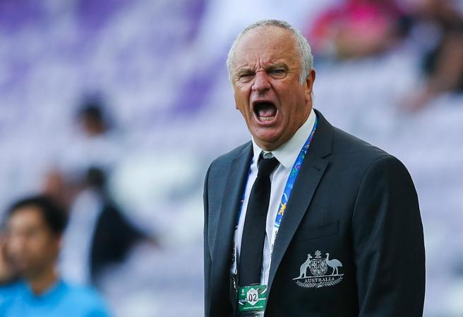 Socceroos' Asian Cup Debacle: Arnold must make changes