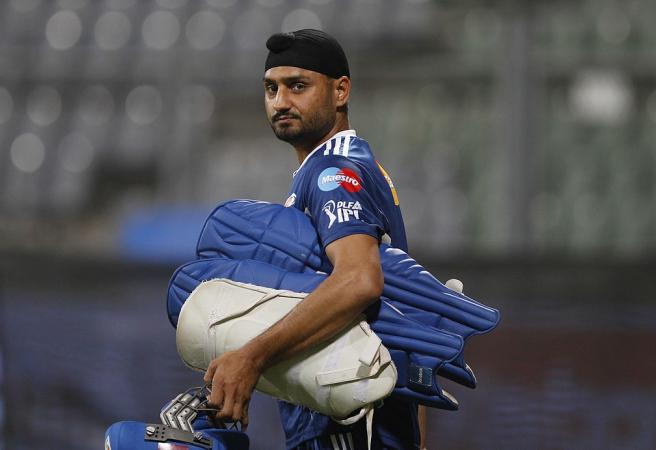 'They are very bad losers': Harbhajan Singh blasts Aussie cricketers