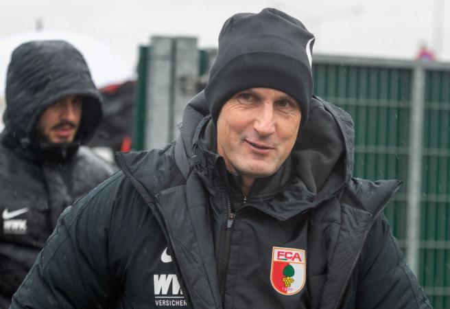 Toothpaste trip costs Bundesliga coach dearly