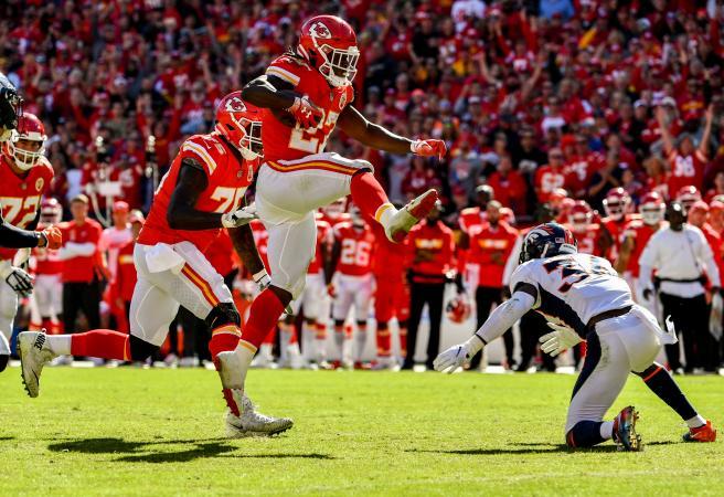 NFL Mondays: Week 8 Best Bits