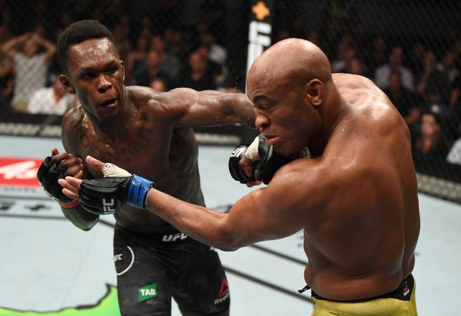 Adesanya triumphs in 'fight of the year'