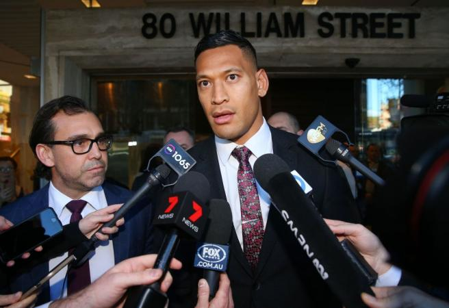 Israel Folau connects bushfires to same sex marriage