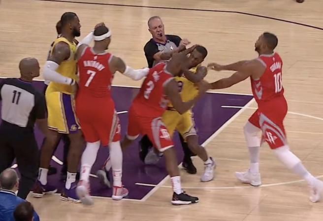 WATCH: Punches thrown in ugly fight between Lakers and Rockets