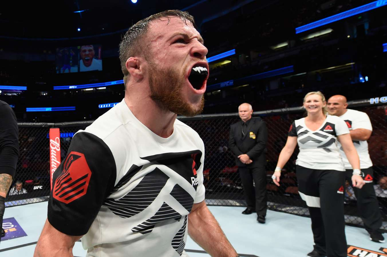 UFC Bloopers: Brooks screws up slam, knocks himself out