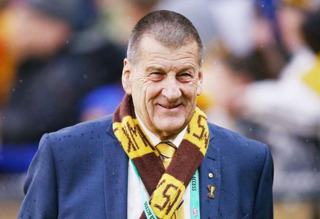 Jeff Kennett makes call on AFL crowd policing: 'I'm not being racist when I say this'