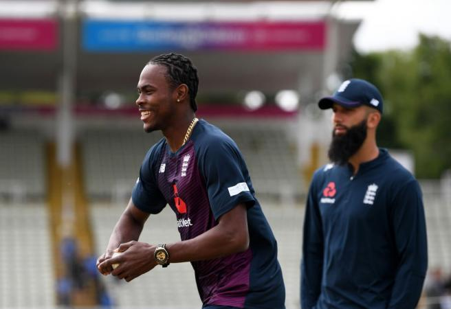 Ashes: England make selection call ahead of second Test