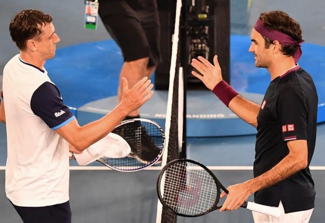 Twitter blasts pro-Federer crowd at Rod Laver Arena