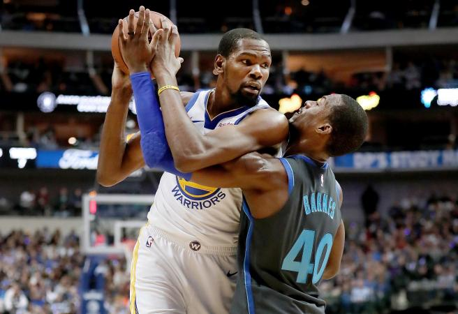Durant unloads on fan: 'Watch the game and shut the f*** up'