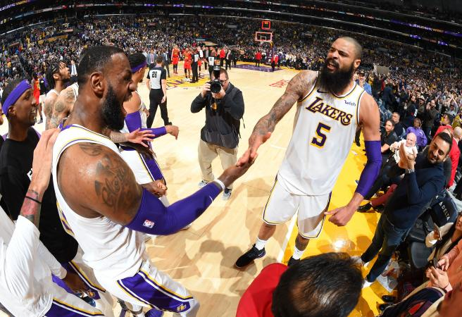 NBA Rundown: The Tyson Chandler effect on the Lakers