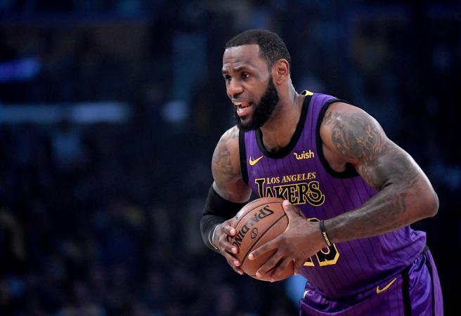 LeBron lashes NFL owners' 'slave mentality'