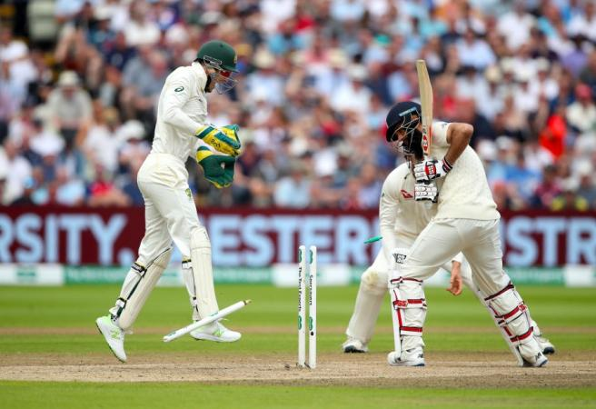 Ashes: Aussie fightback sees match evenly poised