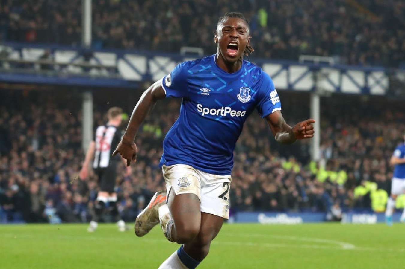 Everton Player Causes Outrage After Hosting Lockdown Party Odds