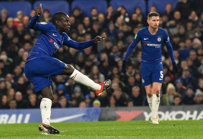 You Kante do that! Chelsea gun produces all-time nutmeg goal