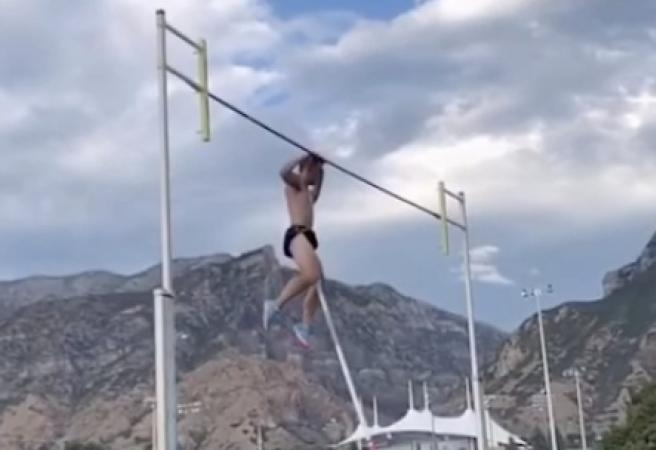 Athlete tears scrotum in pole vault accident caught on camera