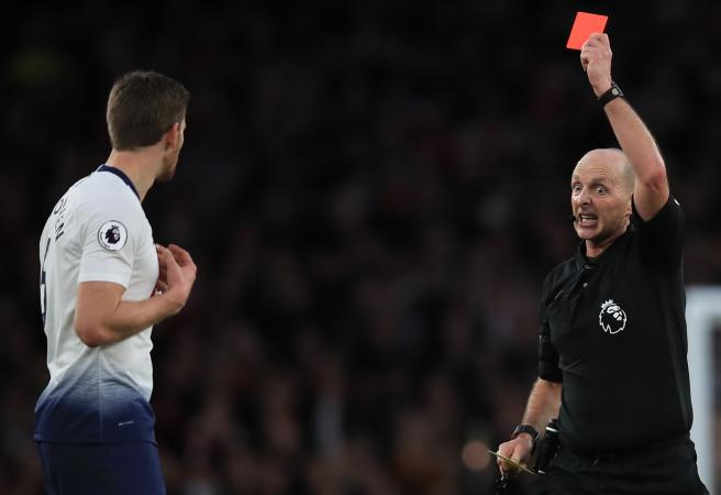Twitter reacts to Premier League ref dishing out 100th red card