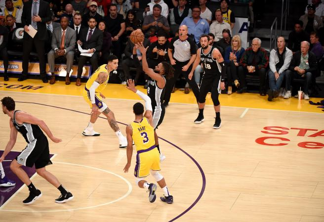 WATCH: Patty Mills nails game-winner in OT thriller against Lakers