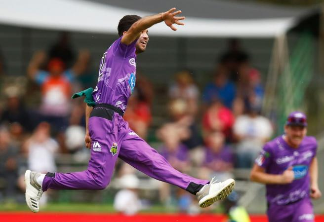 WATCH: Hurricanes star delivers incredible wicket celebration