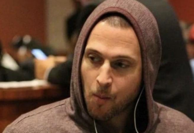 Poker player puts himself into solitary confinement for $100k bet