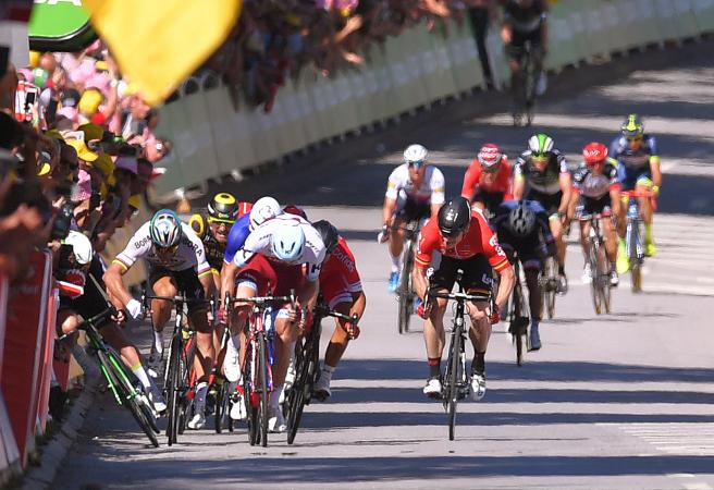 Epic moments from the last 20 years of the Tour de France