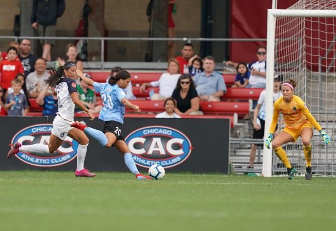 WATCH: Sam Kerr nutmegs defender and goalkeeper to score stunning goal
