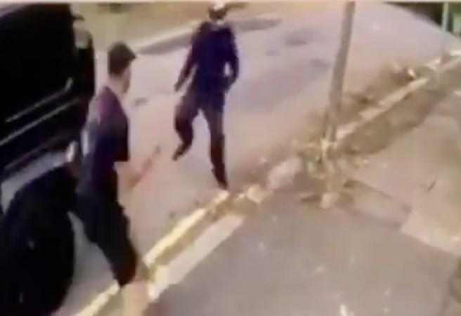 WATCH: Knife-wielding gang attack Arsenal stars