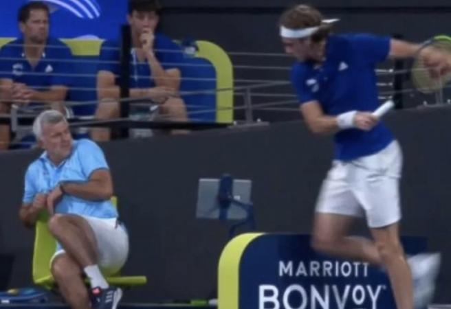 Stefanos Tsitsipas accidentally hits own dad with racquet