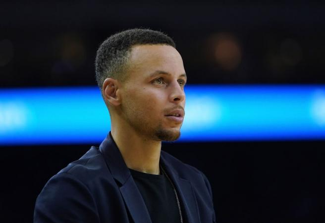 How long is Steph Curry out for?