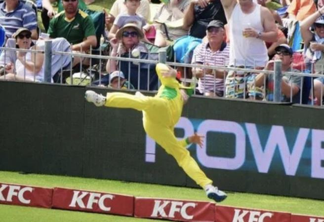 """WATCH: Steve Smith's """"Superman"""" effort in the field saves a certain six"""