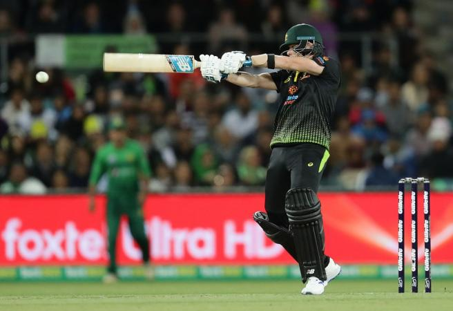Steve Smith guides Australia to win over Pakistan