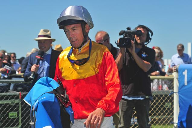 Steven King has officially retired from race riding