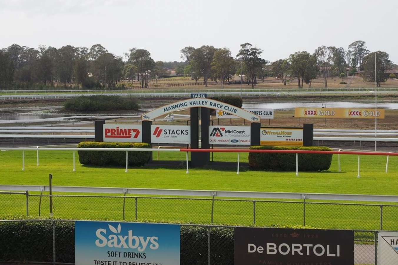 Taree, trials called off due to smoke haze - Punters